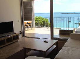 Foto 3 Langzeitmiete Mallorca: Luxus Meerblick Wohnung in erster Meereslinie von Colonia Sant Jordi mit traumhaftem Hafenblick