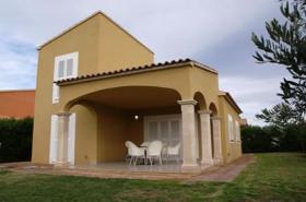 Langzeitmiete Mallorca: Möbliertes hochwertiges 140 m² Chalet in Sa Rapita