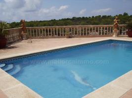 Foto 3 Langzeitmiete Mallorca: Pool Chalet in erster Meereslinie auf den Klippen von Cala Pi
