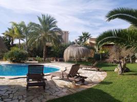 Foto 2 Langzeitmiete Mallorca: Renovierte Meerblick Pool Finca mit 2 Gäste Casitas und 60 qm Wohnküche im Patio strandnah bei Porto Colom