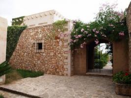 Foto 4 Langzeitmiete Mallorca: Renovierte Meerblick Pool Finca mit 2 Gäste Casitas und 60 qm Wohnküche im Patio strandnah bei Porto Colom