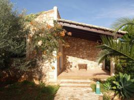 Foto 11 Langzeitmiete Mallorca: Renovierte Meerblick Pool Finca mit 2 Gäste Casitas und 60 qm Wohnküche im Patio strandnah bei Porto Colom