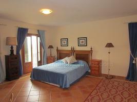 Foto 8 Langzeitmiete Mallorca: Repräsentatives 300 qm Pool Finca Anwesen bei Santanyi mit 6 Schlafzimmern