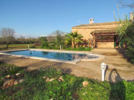 Foto 3 Langzeitmiete Mallorca: Ruhige Pool Finca mit Gästeapartment und Heizung nahe Santanyi
