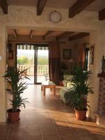 Foto 5 Langzeitmiete Mallorca: Traumhafte 320 qm große Pool Finca mit 3 getrennten Wohneinheiten bei Porreres