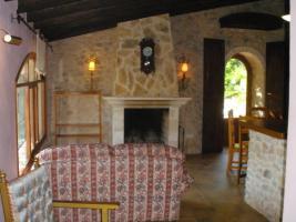 Foto 3 Langzeitmiete Mallorca: Traumhafte Naturstein Pool Finca + 2 Gästehäuser in Hanglage bei Llucmajor