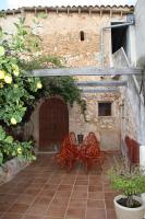 Foto 2 Langzeitmiete Mallorca: mallorquinisches 250 m2 Stadthaus mit Weinkeller, Innenhof und Ausbaureserve