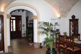 Foto 6 Langzeitmiete Mallorca: mallorquinisches 250 m2 Stadthaus mit Weinkeller, Innenhof und Ausbaureserve