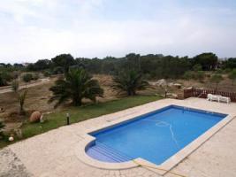 Foto 3 Langzeitvermietung Mallorca: 200 qm Turm Finca mit Pool bei Santanyi zur Langzeitmiete