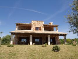 Foto 2 Langzeitvermietung Mallorca: Bezaubernde große Naturstein Pool Finca mit Heizung nahe Porreres / Inselmitte