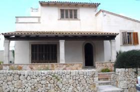 Langzeitvermietung Mallorca: Großzügiges 160 qm Chalet mit Heizung in 2. Meereslinie von Sa Rapita