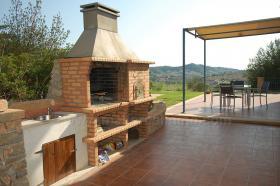 Foto 6 Langzeitvermietung Mallorca: Neuwertige 220 m2 Naturstein Finca mit Pool in erh�hter Panoramalage von Son Macia