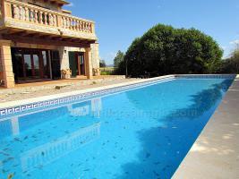 Foto 2 Langzeitvermietung Mallorca: Neuwertige Finca mit einem 13 Meter Pool nahe Porreres