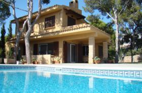 Langzeitvermietung Mallorca: Repräsentative Pool Villa in Calvia / Costa de la Calma