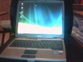 Laptop von DELL es ist Windows Vista Ultimate (Sonderpreis)