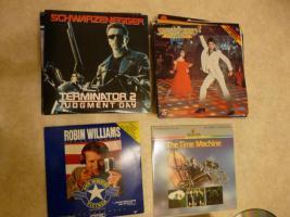 Foto 3 Laserdisc Filme / Rarit�ten zum Teil unbenutzt ca. 175 St�ck.