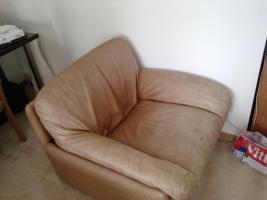Foto 2 Ledercouch mit 2 Sesseln Zu Verschenken