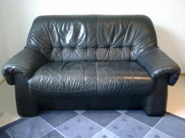 Ledercouch 2 Sitzer und Ledersessel schwarz gebraucht