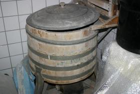 Foto 4 Liebhaber alter Geräte Miele Waschmaschine