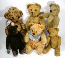 Liebhaberin sucht in liebevolle Hände alte Teddys bis 60er Jahre