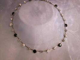 Luxus Halskette, Swarovski Elemente Schwarz-Weiss