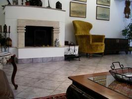Foto 2 Luxus-Villa 1,5 km von Budapest entfernt zu verkaufen