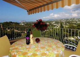 Foto 3 Luxusvilla mit viel Liebe in Moraira an der Costa Blanca