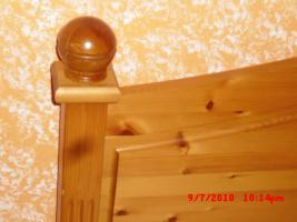 Foto 4 MARKEN MASSICHOLZ BETT 140*200