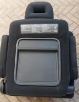 Foto 6 MAZDA II BJ 04 MPV Verlour-Sitz grau neuw. rechts und links