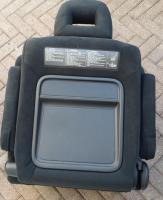 Foto 10 MAZDA II BJ 04 MPV Verlour-Sitz grau neuw. rechts und links