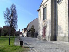Foto 2 MFH in Bad Langensalza in Top Lage - sanierungsbed�rftig - Renditehaus
