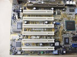Foto 4 Mainboard ASUS P4B533-E + Intel Celeron 1,7 Ghz