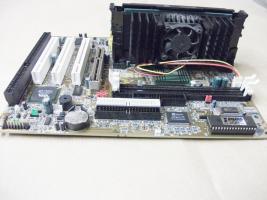 Foto 2 Mainboard MS 6156 Intel Pentium III 600 Mhz