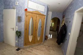 Foto 6 Maisonette Wohnung komplett renoviert und teilm�bliert