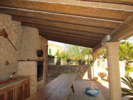 Foto 5 Mallorca Immobilien Langzeitmiete: Antike renovierte Naturstein Pool Finca mit 5 Schlafzimmern in Santanyi