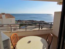 Foto 2 Mallorca Immobilien Langzeitmiete: Gepflegte Wohnung in erster Meereslinie mit privater Dachterrasse in Colonia Sant Jordi