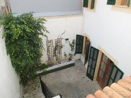 Foto 2 Mallorca Immobilien Langzeitmiete: Imposantes hochwertiges 270 m2 Dorf- Stadthaus mit Heizung im Zentrum von Campos