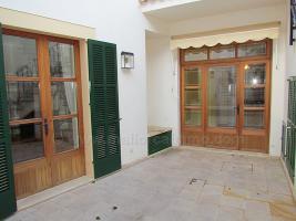 Foto 3 Mallorca Immobilien Langzeitmiete: Imposantes hochwertiges 270 m2 Dorf- Stadthaus mit Heizung im Zentrum von Campos