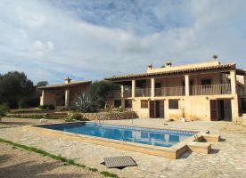 Mallorca Immobilien Langzeitmiete: Meerblick Pool Finca mit 2 Gästeapartments bei Porto Colom