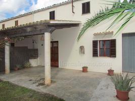 Foto 2 Mallorca Immobilien Langzeitmiete: Schlichte Finca mit 4 Schlafzimmern auf dem Land bei Campos