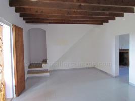 Foto 6 Mallorca Immobilien Langzeitmiete: Schlichte Finca mit 4 Schlafzimmern auf dem Land bei Campos