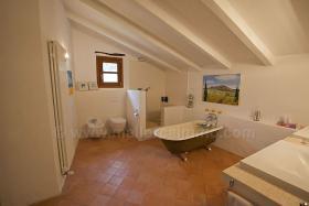 Foto 7 Mallorca Immobilien Verkauf: Romantische renovierte Naturstein Finca aus dem 13. Jahrhundert bei Sineu zum Verkauf