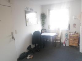 Foto 3 Marienfelde-- ruhig gelegene 4,5 Zimmer Wohnung mit Privatparkplatz