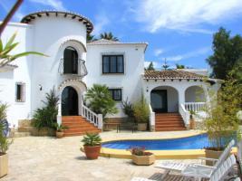 Markante Villa in Moraira an der Costa Blanca