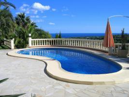 Foto 2 Markante Villa in Moraira an der Costa Blanca