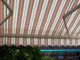 Foto 2 Markise, neuwertiger Zustand.Ideal für den Balkon.