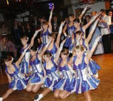 Foto 2 Marschkleid von Karnevalsgesellschaft gebr. günstig zu verkaufen