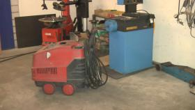 Foto 2 Maschinen, Werkzeuge für Autowerkstatt