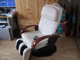 Massagesessel farbe beige NP 1699€