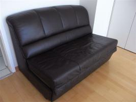 Ma�gefertigte Leder-Schlaf-Couch - neuwertig